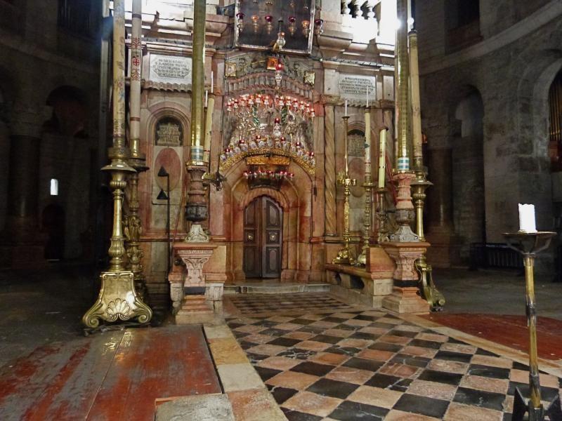 szent-sir-bazilika