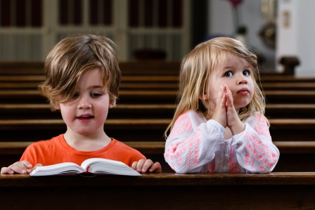 Kisgyerekek aranyköpései hitről, imáról című cikk borítóképe