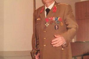 A 100 éves katona, aki mindvégig megtartotta hitét és gerincét
