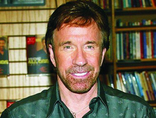 Chuck Norris, a keresztény szupersztár című cikk borítóképe