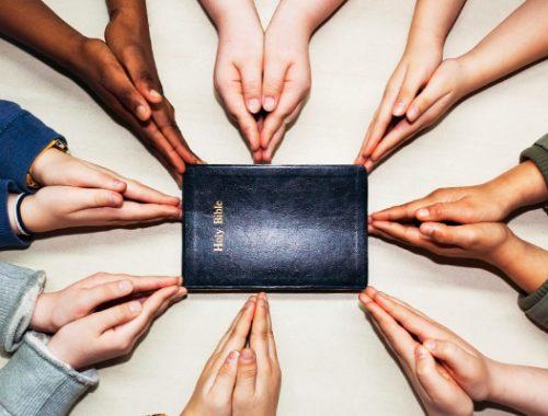 Ökumenizmus lépésről lépésre című cikk borítóképe