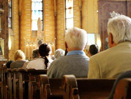 Oké, kiürülnek a templomok – de mit tegyünk? című cikk borítóképe