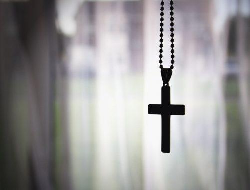 Kereszténynek lenni és maradni minden pillanatban című cikk borítóképe