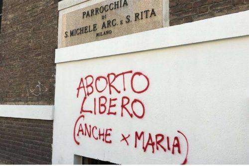 Abortuszpárti felirat került a milánói templom falára, a plébános reakciója azonnal elterjedt a közösségi hálón