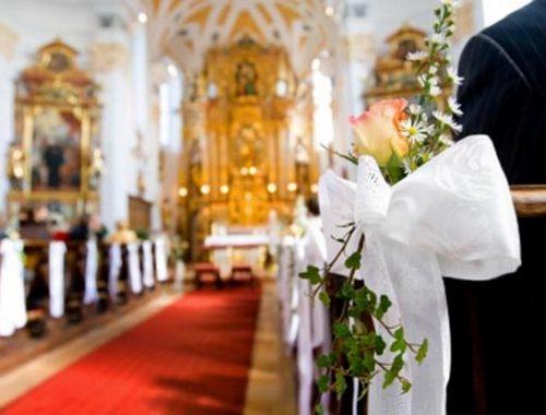 5+1 dolog amit tudnod kell, ha templomi esküvőre mész című cikk borítóképe
