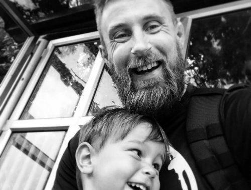 Futótűzként terjed a gyermekét elveszítő édesapa 10 tanácsa című cikk borítóképe