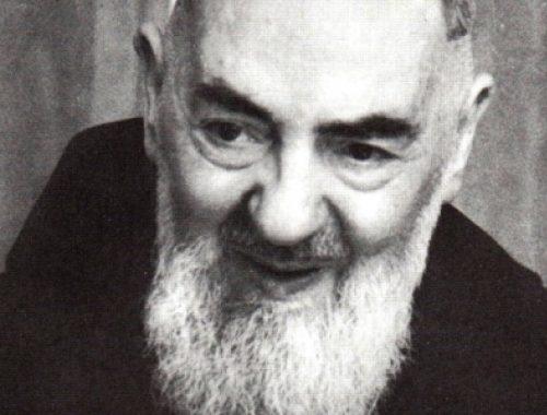 Pio atya titkos stigmája című cikk borítóképe