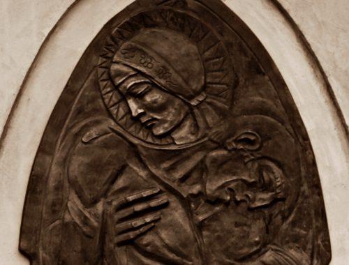 Mit tanultam Máriától? című cikk borítóképe
