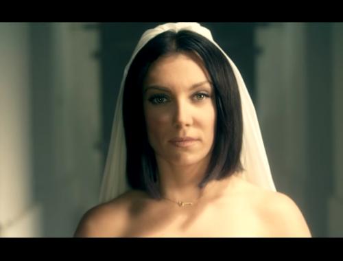 """""""Ez a dal egy ima"""" – Rúzsa Magdi újra tanúságot tett hitéről című cikk borítóképe"""