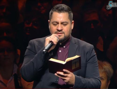 Csodaszép – így dicsőíti Istent Caramel – VIDEÓ! című cikk borítóképe