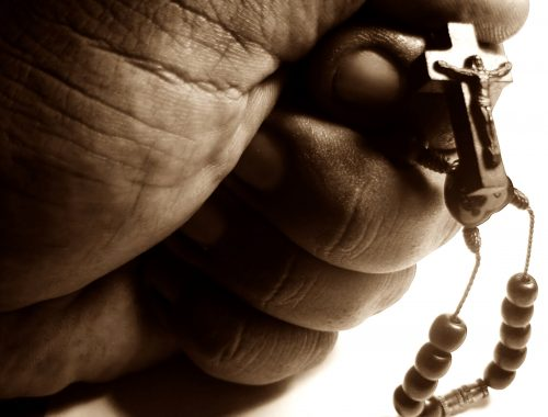 3+1 mód, hogy megoszd másokkal a hitedet című cikk borítóképe