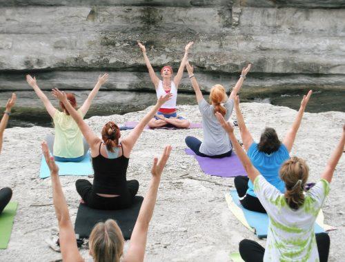 Komoly, hogy árthat a jóga? című cikk borítóképe