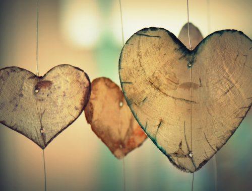 Mikor egy keresztény szerelmes lesz… című cikk borítóképe