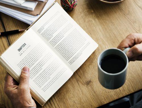 Hogyan NE olvassunk lelki könyveket? című cikk borítóképe