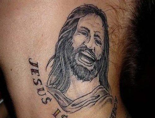 Keresztény jelképek a testünkön című cikk borítóképe