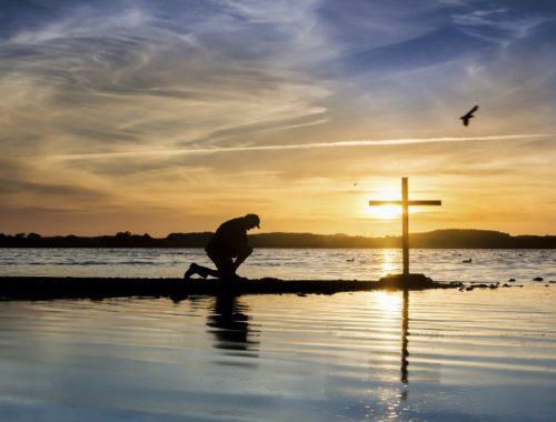 Tippek, hogy Jézushoz hasonlóan tudj imádkozni című cikk borítóképe