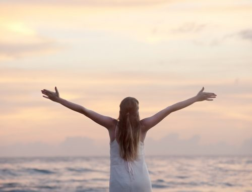 Miért ajándékozott meg Isten minket a szabad akarat erejével? című cikk borítóképe