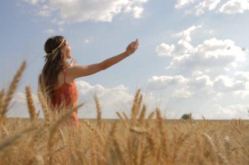7 egyszerű ötlet, hogy jobban tudd imádni Istent