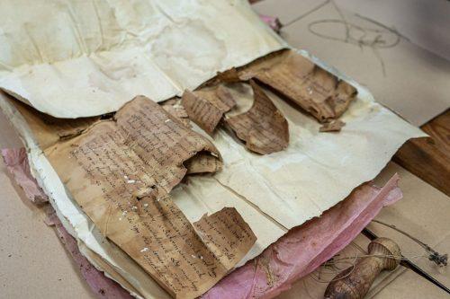 Időkapszulát találtak a templom felújítása közben