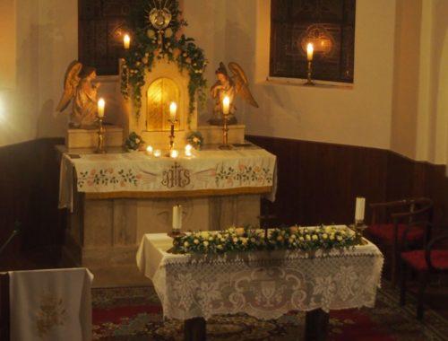 50 óra Jézussal, avagy milyen az élő egyház