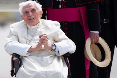 Kórházba szállították XVI. Benedek emeritus pápát