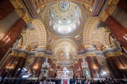Törölte az MKPK a vasárnapi misék alóli általános felmentést