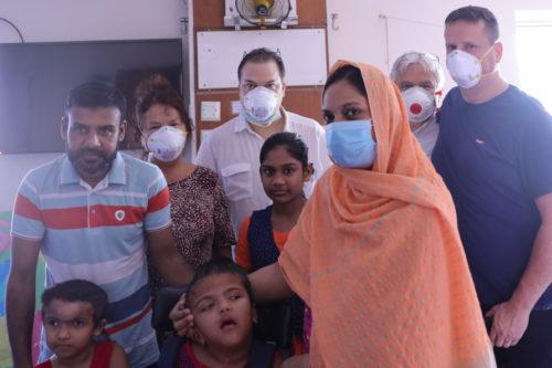 Csókay Andrásék elvégezték az újabb műtétet Bangladesben
